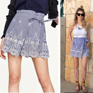 ZARA - Eyelet lace gingham skirt shorts Blue, S